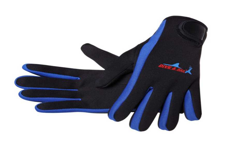 Gloves for kayaking